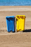 Conteneurs d'ordures Image libre de droits