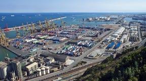 Conteneurs dans un port Image stock
