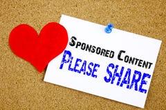 Contenido patrocinado, calificado, anuncios, pagado los posts y concepto promovido en el márketing digital Concepto vertical con  Foto de archivo libre de regalías