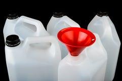 Contenitore di plastica bianco del commestibile isolato sul nero Fotografia Stock