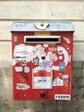 Contenitore di posta - lettere di amore soltanto Fotografie Stock Libere da Diritti