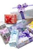 Contenitore di regali variopinto isolato Immagine Stock