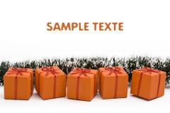 Contenitore di regalo arancione di natale fotografia stock