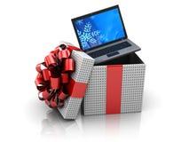Contenitore di regalo con il computer portatile Immagini Stock Libere da Diritti