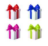 Contenitore di regalo con il nastro e l'arco Insieme del presente Fotografia Stock Libera da Diritti