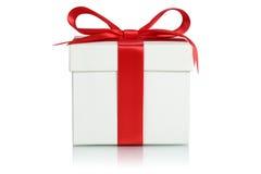 Contenitore di regalo con il nastro per i regali sul Natale, sul compleanno o su Valenti Immagini Stock Libere da Diritti