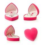 Contenitore di regalo con l'anello di fidanzamento a forma di del cuore Fotografia Stock Libera da Diritti