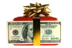 Contenitore di regalo con la banconota del dollaro Immagine Stock