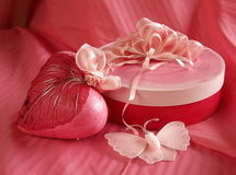 Contenitore di regalo del biglietto di S. Valentino Fotografia Stock Libera da Diritti