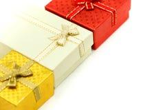 Contenitore di regalo di Natale usando per il concetto della cartolina d'auguri di festa fotografia stock