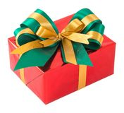 Contenitore di regalo rosso con verde ed il farfallino dell'oro Fotografie Stock