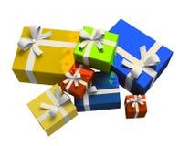 Contenitore di regalo variopinto su priorità bassa bianca Fotografie Stock Libere da Diritti