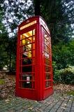 Contenitore di telefono rosso fotografia stock
