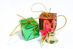 Contenitore e campana di regalo Fotografia Stock