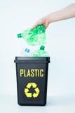 Contenitore per il riciclaggio - plastica Fotografia Stock Libera da Diritti