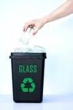Contenitore per il riciclaggio - vetro Fotografia Stock