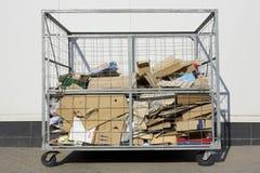 Contenitore per l'immondizia del cartone e della carta Fotografia Stock Libera da Diritti