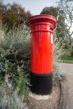 Contenitore rosso di posta della scatola di colonna Immagine Stock Libera da Diritti