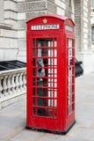 Contenitore rosso famoso di telefono fotografie stock