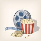 Contenitore, striscia di pellicola e biglietti di popcorn Manifesto del cinema Fotografia Stock Libera da Diritti