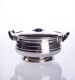 contenitori dei contenitori di alimento o di alimento dell'acciaio inossidabile su un backgrou Fotografie Stock Libere da Diritti