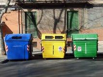 Contenitori dei rifiuti Fotografie Stock