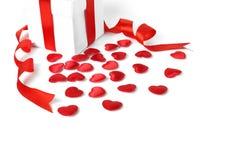 Contenitori di regali con i cuori del tessuto, concetto di giorno di biglietti di S. Valentino Immagine Stock Libera da Diritti