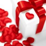 Contenitori di regali con i cuori del tessuto, concetto di giorno di biglietti di S. Valentino Fotografie Stock Libere da Diritti