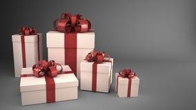 Contenitori di regalo bianchi con i nastri e gli archi Fotografia Stock