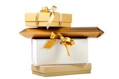 Contenitori di regalo con i nastri dorati Fotografie Stock Libere da Diritti