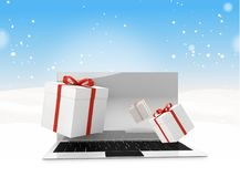 Contenitori di regalo da tavolino del computer di inverno di Natale 3d-illustration Fotografia Stock Libera da Diritti