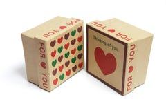 Contenitori di regalo del cuore di amore Immagini Stock