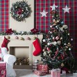 Contenitori di regalo dell'albero di Natale e di Natale Fotografie Stock Libere da Diritti