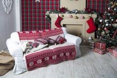 Contenitori di regalo dell'albero di Natale e di Natale Fotografia Stock