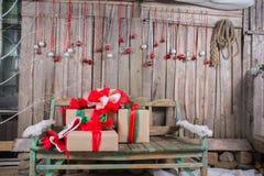 Contenitori di regalo di Natale Immagini Stock Libere da Diritti