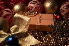 Contenitori di regalo di Natale, nuovo anno presente Fotografie Stock Libere da Diritti