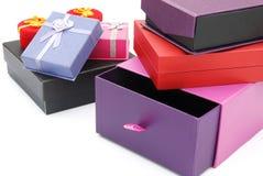 Contenitori di regalo differenti Immagini Stock