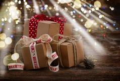 Contenitori di regalo fatti a mano Fotografia Stock