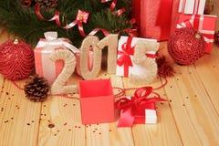 Contenitori di regalo, giocattoli di Natale e segno 2015 Fotografia Stock