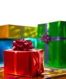 Contenitori di regalo luminosi e brillanti Immagini Stock Libere da Diritti