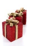 Contenitori di regalo rossi artificiali Fotografia Stock Libera da Diritti