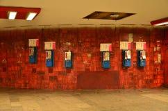 Contenitori di telefono nelle dimensioni differenti Fotografie Stock Libere da Diritti