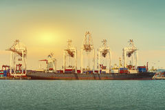 Contenitori industriali e trasporto Immagine Stock Libera da Diritti