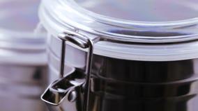 Contenitori per tè e caffè