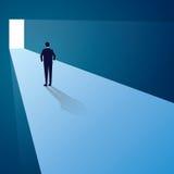 Contestez le concept Homme d'affaires Standing devant la future porte illustration de vecteur
