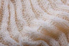 contesto Primo piano dei lavori o indumenti a maglia bianchi della lana Immagini Stock Libere da Diritti