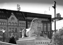 Contexto do bokeh do monumento do leão da pedra de Trondheim Imagem de Stock Royalty Free