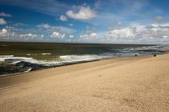 Contiene barreras en el Mar del Norte peterson Países Bajos Fotografía de archivo libre de regalías