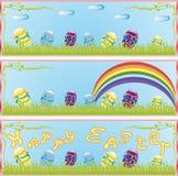 Contiene la imagen de la bandera de Pascua con las flores y los huevos Fotografía de archivo