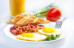 Continentaal ontbijt. stock afbeeldingen